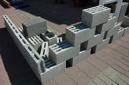 Пустотелые стеновые и перегородочные керамзитобетонные блоки