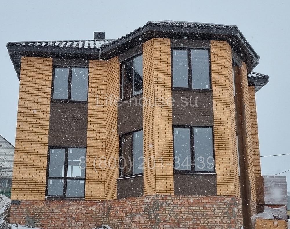 Двухэтажный дом на 170 кв м.